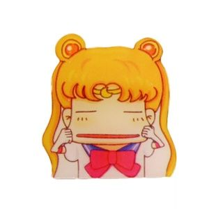 Sailor Moon Hard plastic badge pin